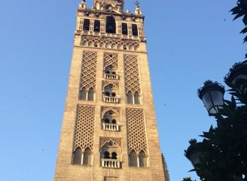 """Go Running and """"Really Discover"""" Seville"""