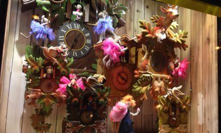 Paris Christmas Window Displays
