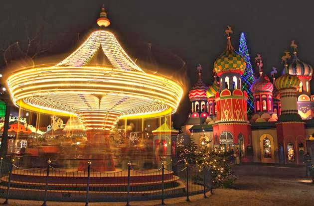 3-tivoli-gardens-christmas-market-copenhagen-denmark