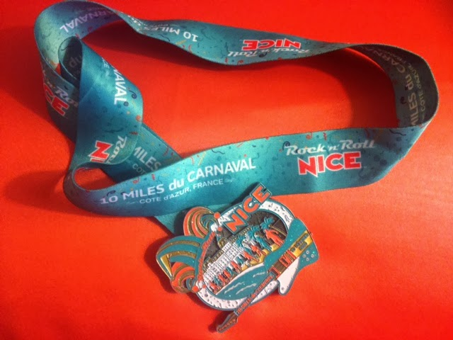 Finisher's medal from Rock 'n' Roll Nice 10 Miles du Carnaval