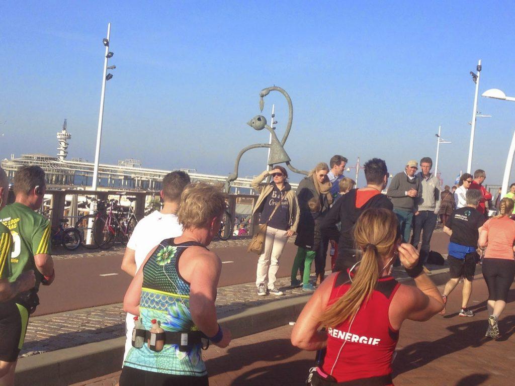 Runners in Schevenegin during CPC loop
