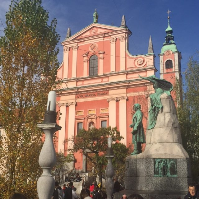 www.anunstoppablejourney.com: 5 Things to See in Ljubljana - FranciscanChurchof the Annunciation