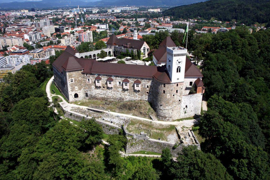www.anunstoppablejourney.com: 5 Things to See in Ljubljana - Ljubljana Caste (photo credit visitljubljana.com)