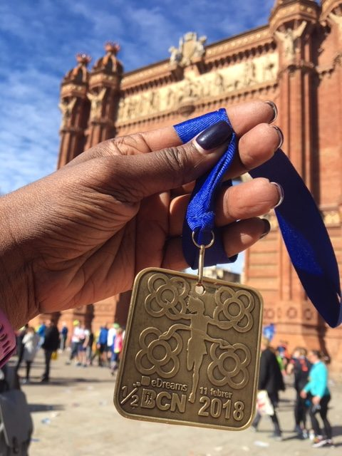 A triumphant finish to Mitja Marato de Barcelona at the Arc de Triomf.